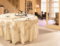 Masa örtüler