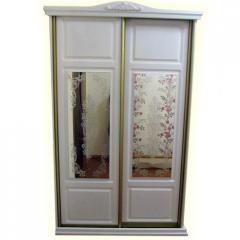 Sliding wardrobe of mirrors