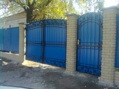 Ворота металлические распашные с элементами