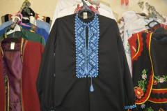 Сорочка мужская из черной сорочечной ткани,