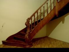 Сходи дерев'яні різьблена