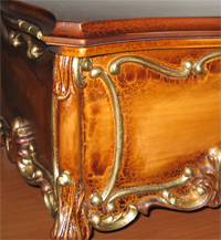 Caskets with gilding, Caskets with gilding to