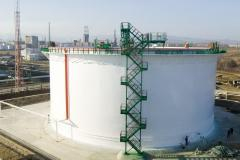 Vertical and horizontal cylindrical tanks  for