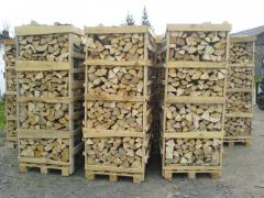 Firewood chipped strong breeds