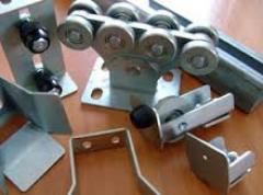 Accessories for retractable gate