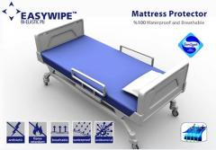 Cover on a mattress moisture protective Easywipe