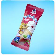 Ice cream Pustunchik. Cheesecake raspberry.