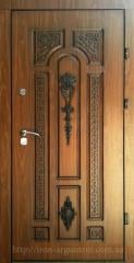 Entrance doors with a stucco molding, steel elite