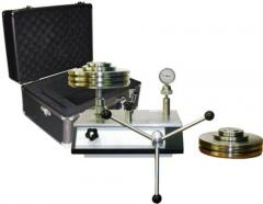 The calibrator for the Precision HCMP Manometer