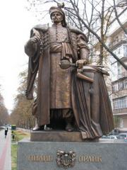 Скульптуры и памятники в Киеве
