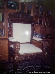 Chairs office carved of a beech, an ash-tree, an