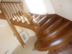 Изготовление лестниц из ценных пород древесины