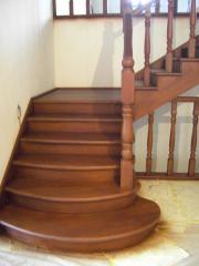 Деревянные лестницы на любой вкус!
