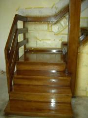 Деревянные угловые лестницы
