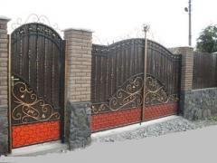 Ворота металлические кованые. Изготовление сварных