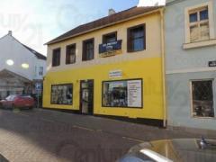 Продается 2-этажный дом в центре г. Кладно
