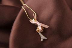 Ожерелье Эйфелева башня