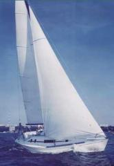 Парусно-моторная яхта проекта `Пик-34`