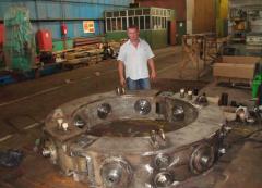 Parts of ferroalloy ore-smelting furnaces