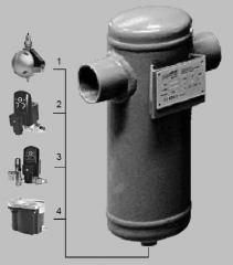 Separator of condensate of cyclonic type CCS