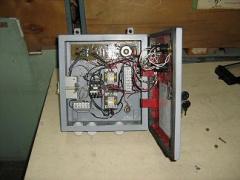 Ящики управления трехфазными двигателями