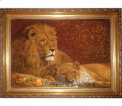Панно из янтаря Лев и Львица 15*20