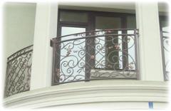 Ограждения для балконов и террас кованные под