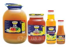 Fruit and vegetable juice in assortmen
