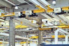 The one-beam bridge crane suspended, loading