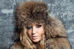 Caps are fur