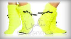 Желтые сапоги.