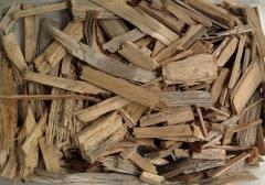 NATURAL wood decorative mulch of