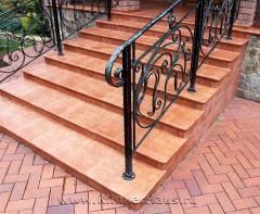 Steps brick to order Kharkiv