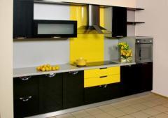 Кухонный гарнитур с крашеными фасадами