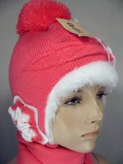 The cap winter + 2-5lt a scarf for the girl,