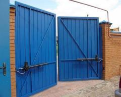 Ворота автоматические для производственных помещений