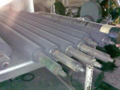 The shaft rubberized by wearproof rubber under the
