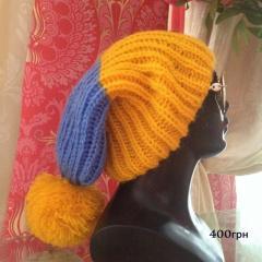 Вязаные женские шапочки ручной работы