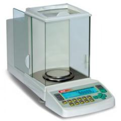 Scales analytical Axis with internal calibration