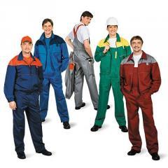 Рабочие костюмы незаменимы на производстве