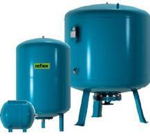 Broad membrane tanks