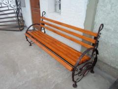 Wrought iron benches Art 1