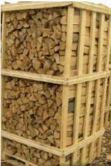 Буковые колотые дрова на поддонах