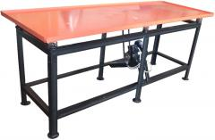 The vibrotable 2100 x 800 x 850 mm, thickness of a