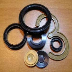 Cuffs rubber for hydraulic and pneumatic devices.
