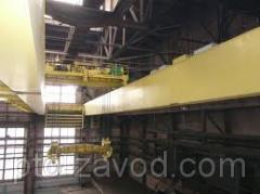 Double-beam bridge crane special with traversy / p