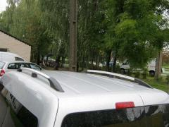 Chrome railings on roof of Volkswagen Caddy