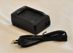 Зарядное устройство Nikon MH-18е для фотоаппарата
