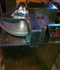 Алюминиевая чаша, производительность 2000 об/мин. Мощность 4кВт, емкость 30л