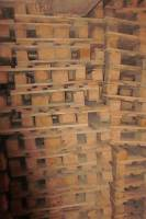 I will sell pallets wooden pallets.
